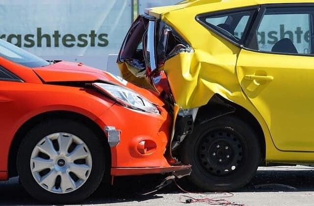 מה ההבדל בין ביטוח בריאות לביטוח חובה לרכב?