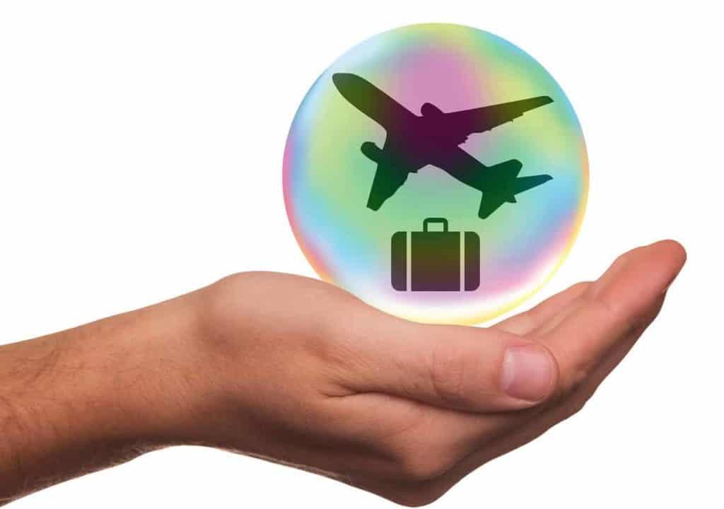 """ביטוח נסיעות כשטסים או נוסעים לחו""""ל"""